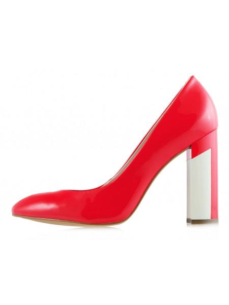 12280 INDIANA (Brazil) Туфли лаковые коралловые