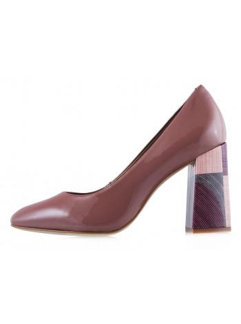 Туфли лаковые INDIANA (Brazil) 12644 темно-розовые