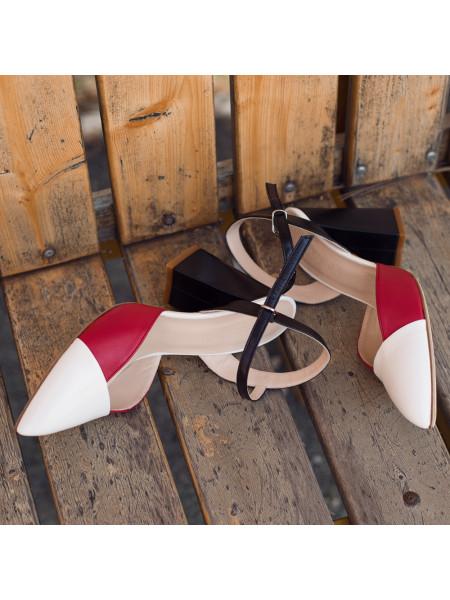 Босоножки закрытые кожаные BEFEETGERALD (Italy) 13215 красные