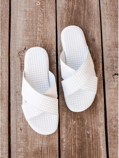 Шлепанцы кожаные JOHN RICHARDO (Turkey) 20671 белые